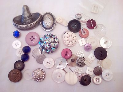 Lot of old vintage buttons and 2 decorative button covers