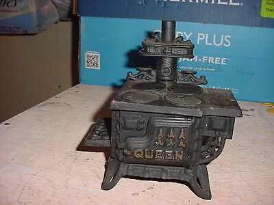 """queen"" Cast Iron Model Toy Stove / Salesmans Sample"
