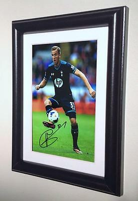 Signed Harry Kane Tottenham Hotspur Spurs Autographed Photo Picture Frame sml 1