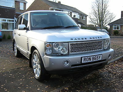 Stunning Range Rover Vogue 4.4 V8 Automatic...low Mileage!