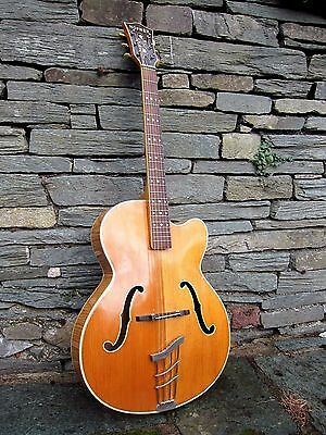 Beautiful Blond Hofner President Archtop Acoustic Guitar 1965