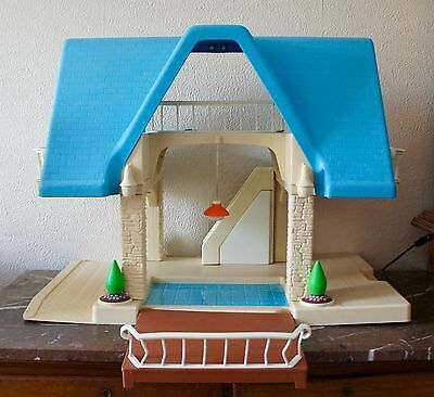 Rare Vintage Little Tikes Large Hard Plastic Doll House Collector's Item