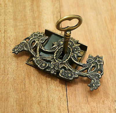 Antique Vintage BRASS KEY-LOCK & SKELETON Keys with VICTORIAN KEY HOLE Plates