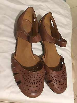 New Women's Shoes 43