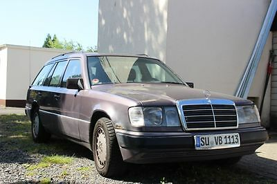 mercedes benz w124t 200 bald oldtimer eur 899 00. Black Bedroom Furniture Sets. Home Design Ideas