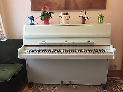 Upright Piano, Welmar London,
