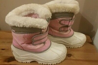 Lovely pair of girls snow boots from Campri size 12