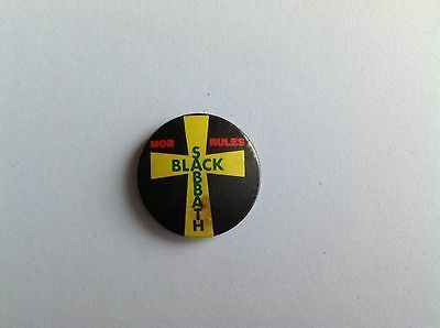 Button pop badge from the 80s of BLACK SABBATH made in England
