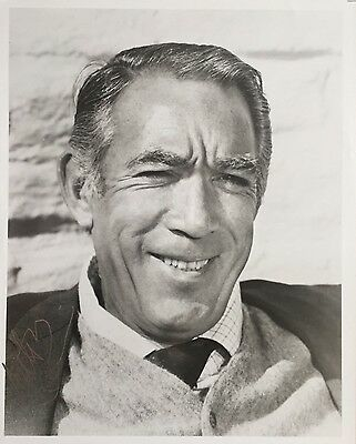 Anthony Quinn Authentic 8x10 Signed Photo