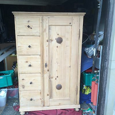 Beautiful Restored Antique Old Pine Cupboard Wardrobe.( Uk delivery possible)