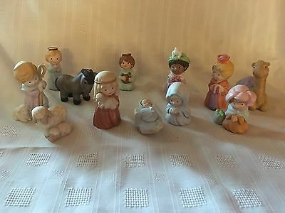 1986/87 Vintage Avon Heavenly Blessings Porcelain Nativity Set - Complete
