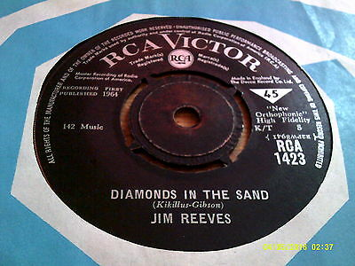 JIM REEVES - There's A Heartache Following Me/Diamonds In Th RCA VICTOR 1423  7""