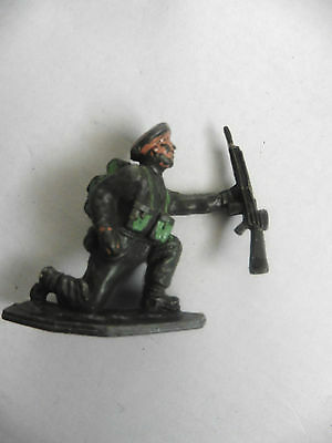 Lone Star   Plastic Toy  British Paratrooper Wwii Number 7 1960's Rare