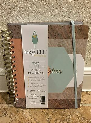 At-A-Glance Inkwell Press Weekly Monthly Planner Stripe Green Calendar 2017