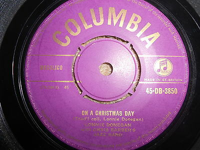 "Lonnie Donegan On A Christmas Day Uk 1956 Gold Columbia Vinyl 7"" Record Single"