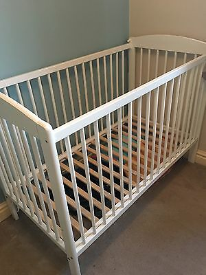 John Lewis Cot Bed White Great Condition