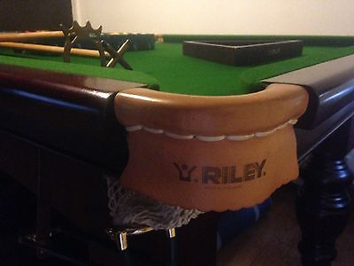 8ft Riley snooker table with accessories