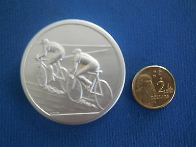 Cycling ... Vintage Medal ... Trophy ... Collectable