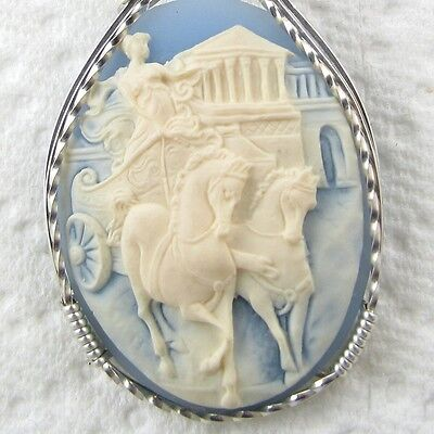 Ancient Roman Chariot Race Cameo Pendant .925 Sterling Silver Jewelry Blue Resin
