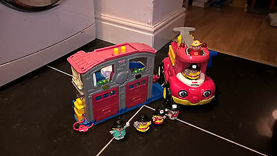 Fisher Price Little People Fire Station and Truck