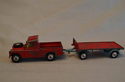 Corgi Chipperfield's Land Rover and Trailer Playworn