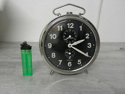 older clock alarm  jaz tempesto desk Art Deco design vintage 70 Mechanics uhr
