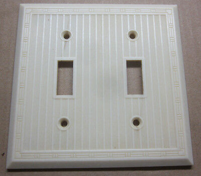 Vintage Ribbed Dashed Bakelite Ivory 2 Gang Switch Plate Cover Art Deco Lines