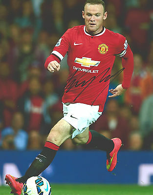 """Hand-Signed Photograph of Wayne Rooney 10""""x8"""" with COA"""