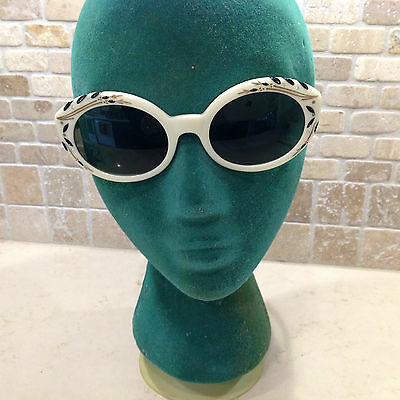 NOS  1950's Bewitching White Fancy Ladies Sunglasses and case