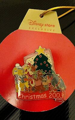 Disney Store Trading Pin Badge UK Exclusive Winnie the Pooh & friends Christmas