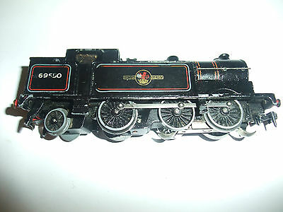 Hornby Dublo 0-6-2 N2 B.R tank 3 rail Locomotive good runner in fair condition