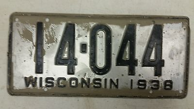 1938 WISCONSIN License Plate 14-044