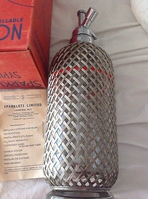VINTAGE COLLECTABLE SILVER MESH SODA SYPHON - Made InEngland