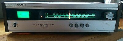 Vintage Sony  tuner .  Solid State made in Japan.