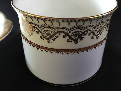 Elizabethan English Bone China Sugar Bowl 'Swiss Cottage' design