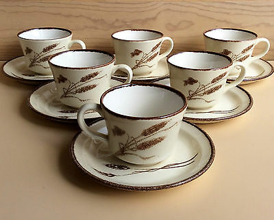 "Retro CROWN LYNN, New Zealand ""WINTER WHEAT"" D637 Set of 6 Cups & Saucers"