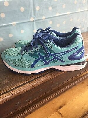 Asics GT 2000 4 Ladies Running Shoes Size UK7