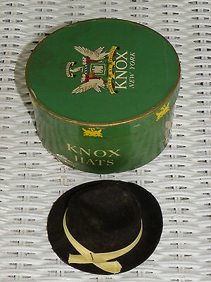 "Vtg Miniature Oval ""Knox Hats"" Box & Miniature Hat-Salesman's Sample? Doll Item?"