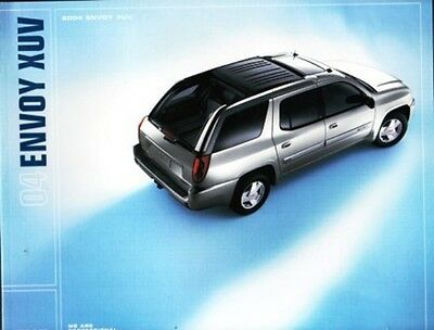 2004 04 GMC Envoy XUV  Brochure + Trailer & Accessories