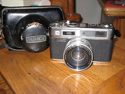 Yashica Electro 35 Rangefinder Camera 45mm 1.7 Made in Japan