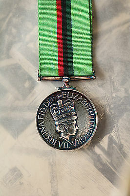 Police Ruc Royal Ulster Constabulary Service Full Size Medal