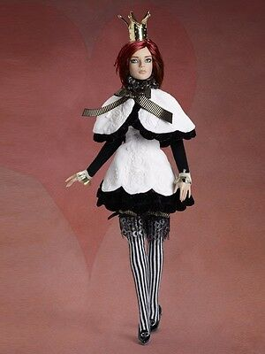 TONNER - NRFB- STACKED DECK HEARTS Dressed Doll LE 150 (real pictures)