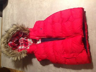 GIRLS PADDED RED GILET BODY WARMER AGE 5-6 Years