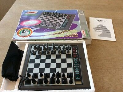SYSTEMA PIONEER CHESS COMPUTER Electronic 72 Levels Boxed Complete