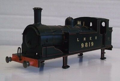Hornby R2325B Class J83 0-6-0T Loco Bodyshell 9819 LNER Black Good Condition