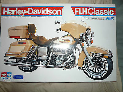 Tamiya 16015 Harley-Davidson Flh Classic 1/6Th Scale Plastic Model Complete New