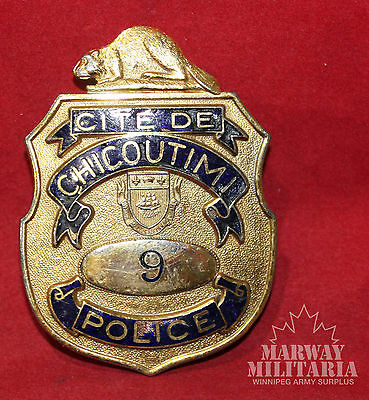 OBSOLETE - CITE DE CHICOUTIMI POLICE Quebec Number 9 Shield Badge (inv 8774)