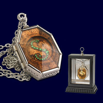 Harry Potter Replica 1/1 The Horcrux Locket By Noble Colection