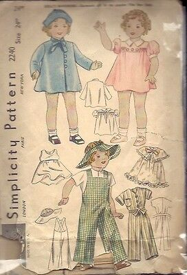 "ORIGINAL SIMPLICITY #2240 - 24"" COMPOSITION MOVIE DOLL CLOTHES PATTERN c1930's"