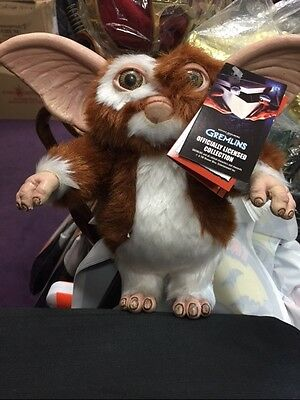 Official GREMLINS GIZMO PROP PUPPET (TRICK OR TREAT STUDIOS) - SOLD OUT